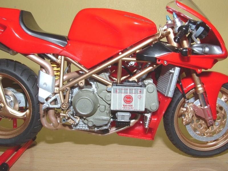 Tamiya 14068 Ducati 916 Scala  1//12
